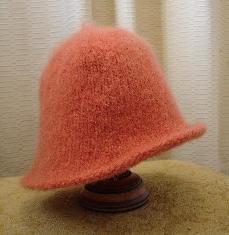 Felted Hat Knitting Pattern : FREE KNITTING PATTERN FELTED CLOCHE HAT - VERY SIMPLE FREE KNITTING PATTERNS